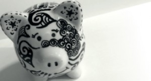 Tangle Patterned Piggy Bank